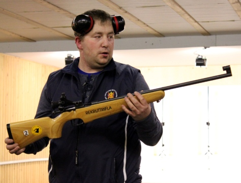 Bjørnar Ulvik veileder i våpenbruk