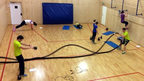 Allsidig trening i gymsalen hos LEVEL Frosta